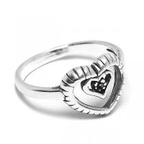Anillo de Plata con corazones tramados y cubic negro